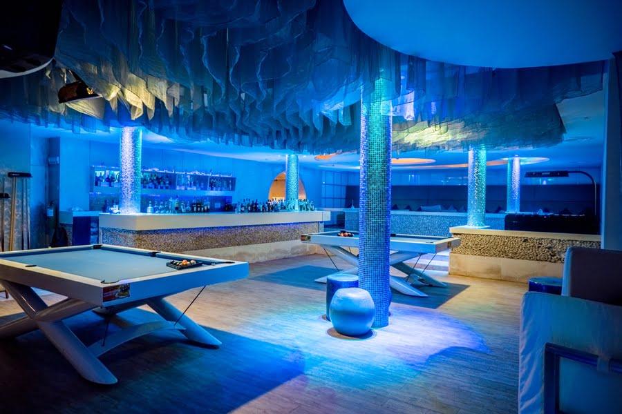Deep Blue Bar
