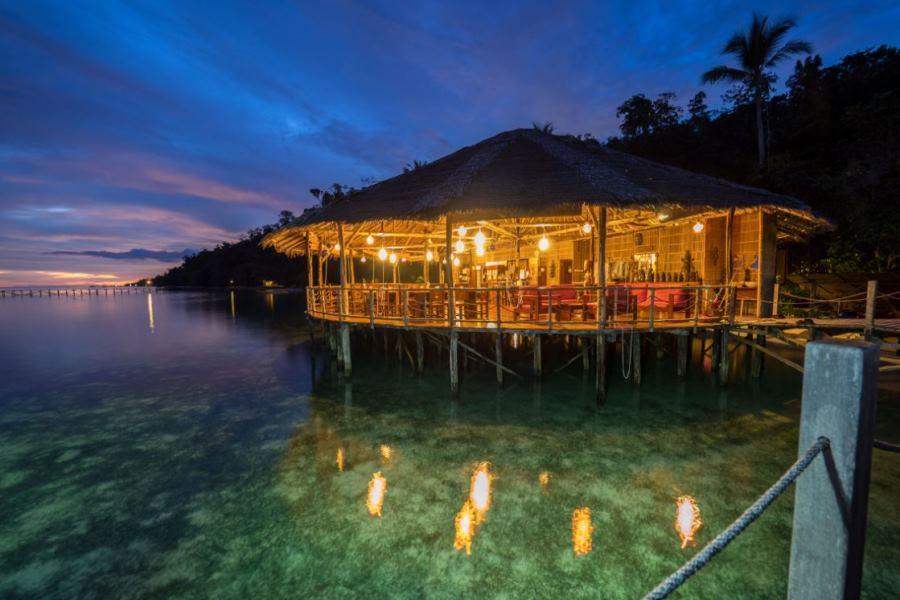 Papua explorers dive resort raja ampat wedive tauchreisen - Raja ampat explorers dive resort ...