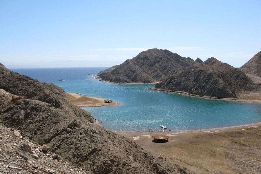 Fjord auf dem Weg zu Pharao Island